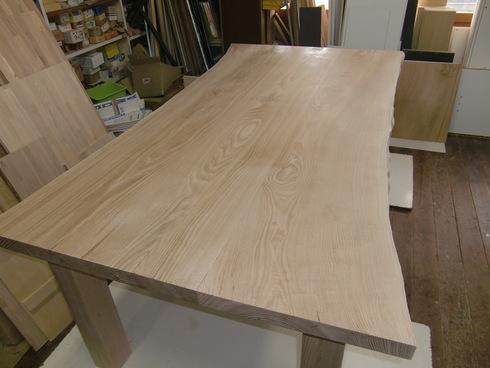 無垢のテーブルできました!_b0078597_17144938.jpg