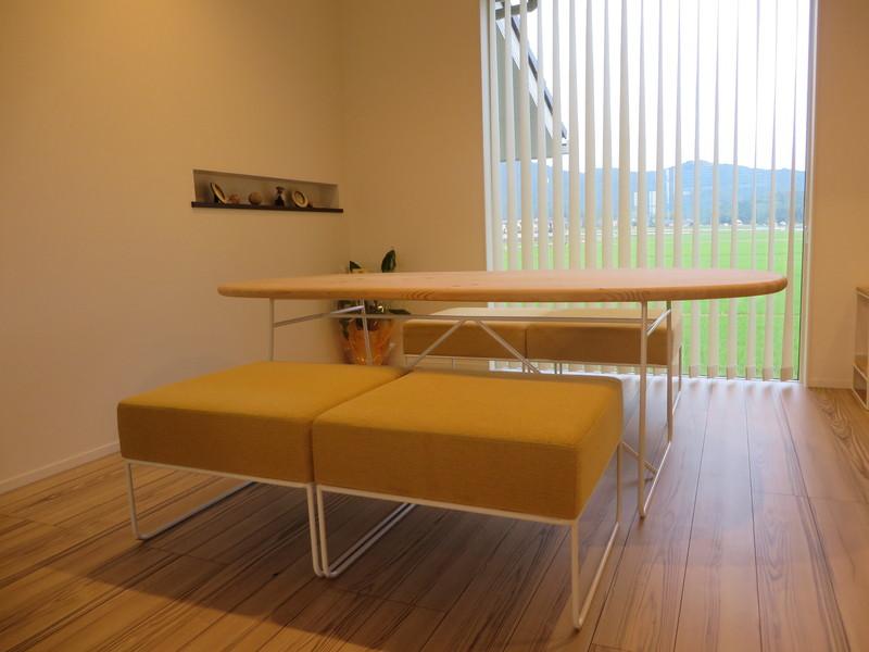 納品実例 ―杉山製作所「鉄脚の家具」―_d0224984_16124281.jpg