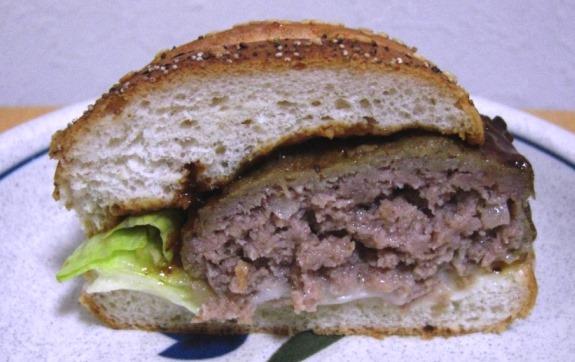 ケンタのハンバーガーはうまいのか?_b0081121_6465416.jpg