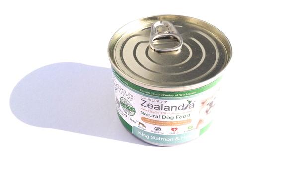 Zealandia Natural Dog FOOD ジーランディア ウェット ドッグフード     キングサーモン & ホキ _d0217958_11174392.jpg