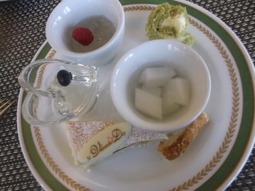 川崎日航ホテル 夜間飛行 バレンタインスイーツブッフェ_f0076001_20505030.jpg
