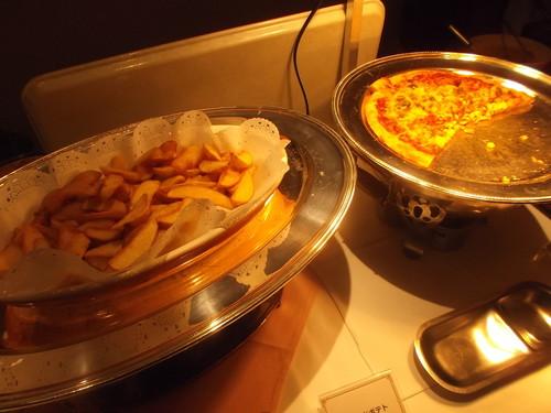 川崎日航ホテル 夜間飛行 バレンタインスイーツブッフェ_f0076001_20535015.jpg