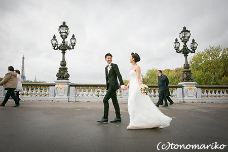 どんなお天気でもよし。パリのウェディングフォトツアー_c0024345_105518.jpg