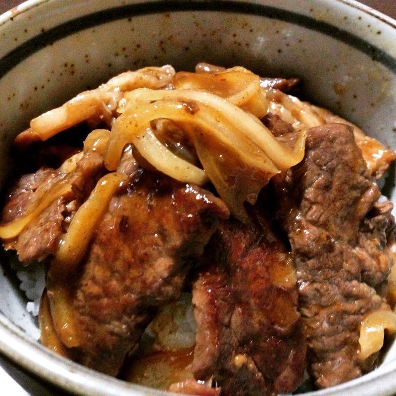 焼肉丼!美味しかったーー\(^o^)/_c0110051_1631388.jpg
