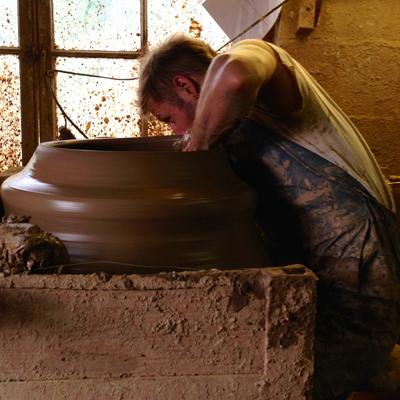 Whichford potteryオーナージムキーリングさん息子アダムさん_d0229351_2217986.jpg