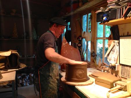 Whichford potteryオーナージムキーリングさん息子アダムさん_d0229351_22194850.jpg