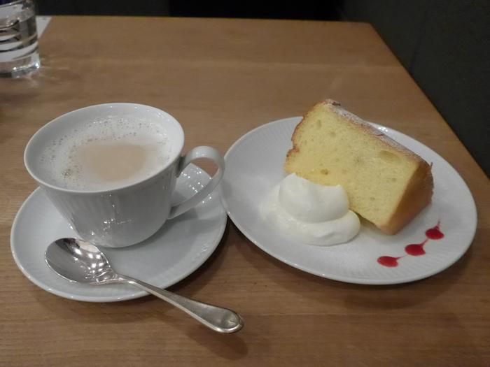 代官山「カフェ ファソン コーヒースタンド」へ行く。_f0232060_2111840.jpg