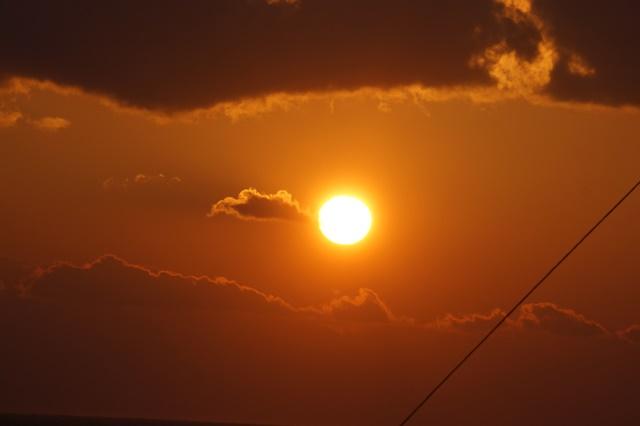藤田八束:ジャンボフェリーの素敵な旅、高松から神戸へ航海瀬戸の夕日_d0181492_22564677.jpg