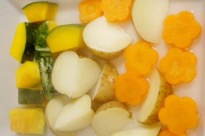 ビールのおつまみに絶品~♪【揚げ野菜のサラダ】FMICさんのドレッシングモニターです♪_b0033423_3223744.jpg