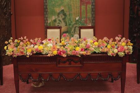 春の装花 目黒雅叙園鷲の間さまへ 春らしく明るくかわいくおまかせで_a0042928_042978.jpg