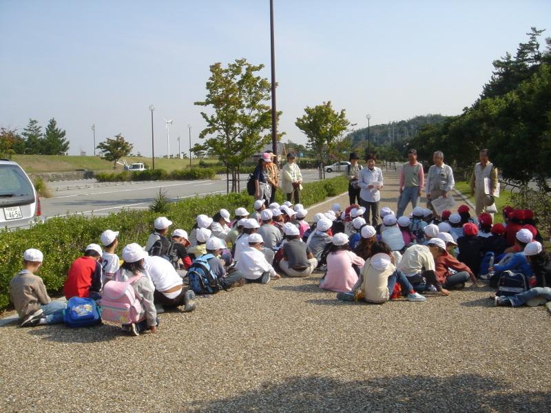 小学校遠足ダブルサポート(淡輪小学校・鳴滝小学校)  in  うみべの森 _c0108460_22105958.jpg
