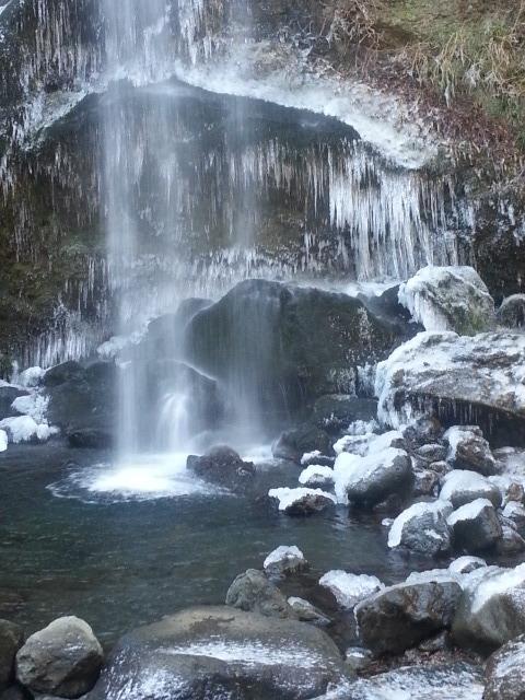 2月10日(火)金時山&夕日の滝(氷柱)_d0157745_18344990.jpg