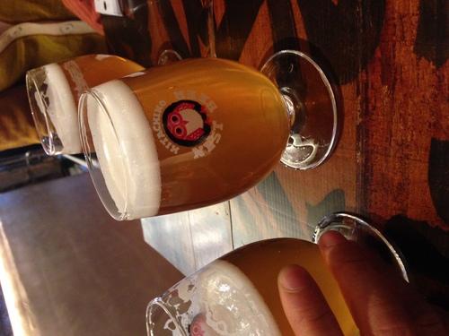ついに飲みはじめましたm(_ _)m #ネストブリューイングラボ #オリジナルビール _c0069047_16391881.jpg