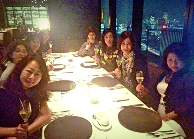アマン東京・天空レストラン「ザ・レストランbyアマン」で乙女の宴_a0138976_1410537.jpg