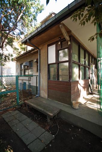 旧鎌倉町立図書館が解体される?_c0195909_16523354.jpg