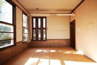 旧鎌倉町立図書館が解体される?_c0195909_165236.jpg