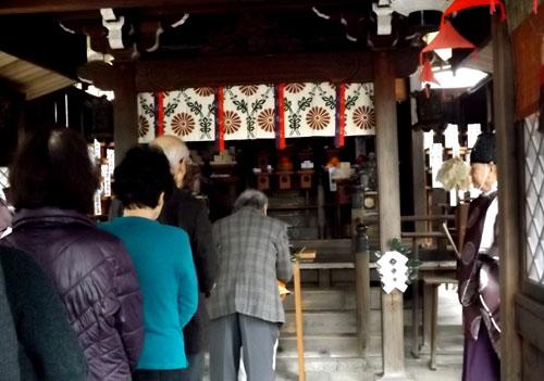 剣神社 お弓始め祭と厄除け火焚き祭_e0048413_21121463.jpg