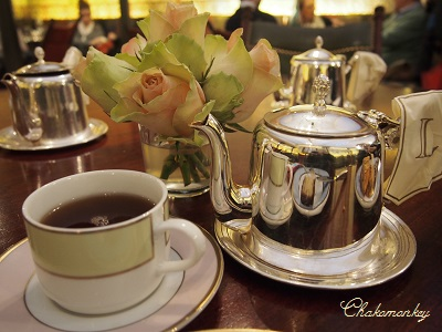 ParisのLadureeでカヌレとお茶~♪_f0238789_016940.jpg
