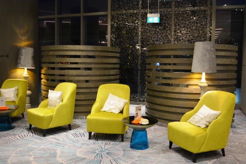 シャングリ・ラの新ブランド1号店、「ホテル ジェン オーチャードゲートウェイ シンガポール」_b0053082_180483.jpg
