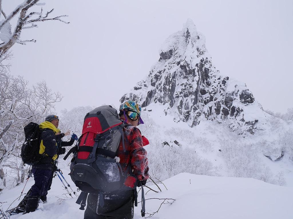 恵庭岳、2月12日-速報版-_f0138096_1744479.jpg