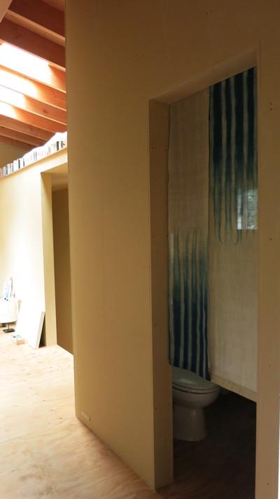 建主の絵や暖簾や写真も素敵です。_d0021969_2143328.jpg