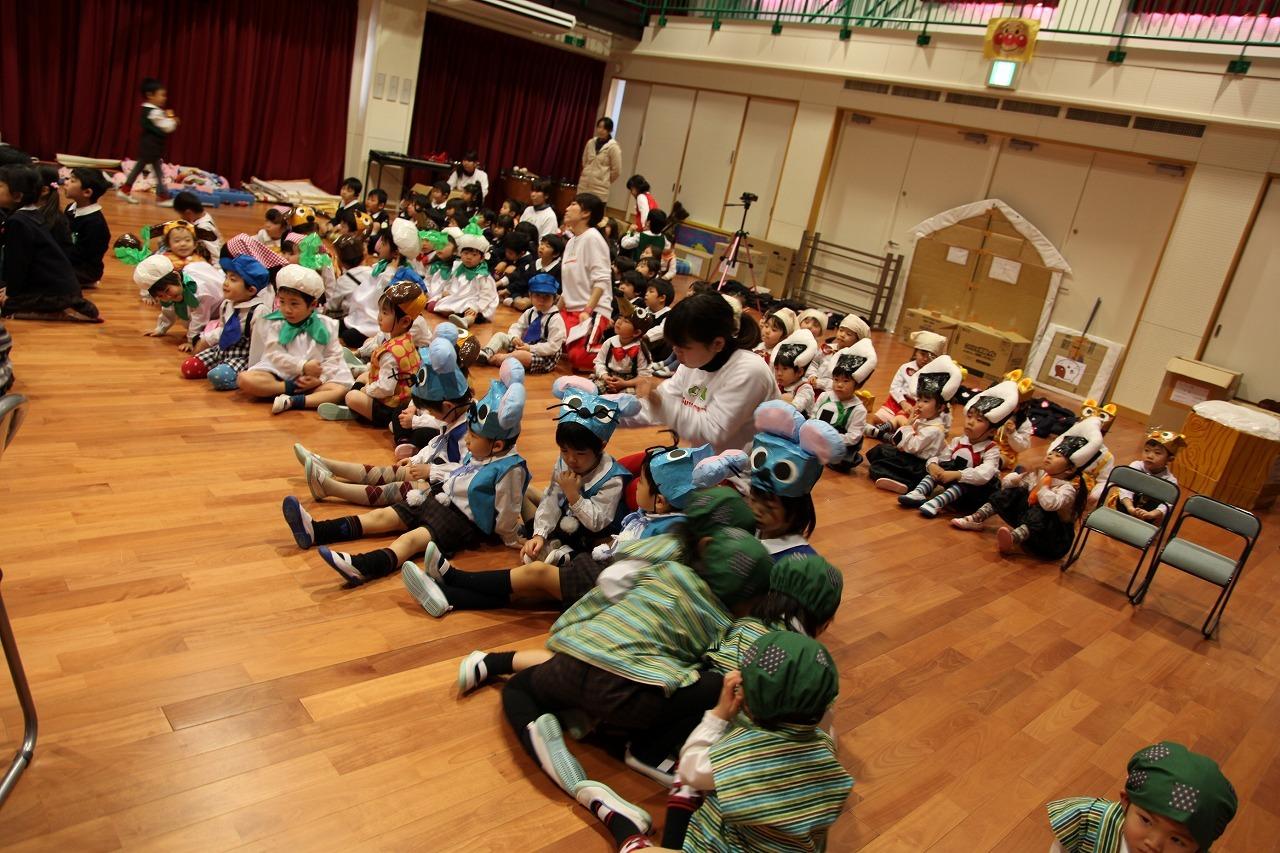 諏訪ノ森幼稚園の予行_b0277979_13003733.jpg