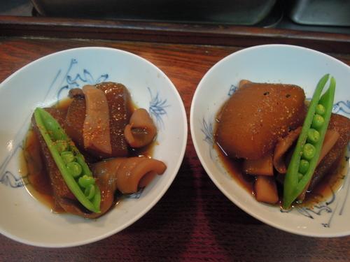 大根とイカの煮物_e0116211_1010514.jpg