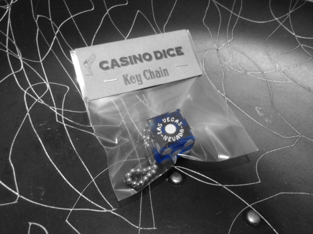 CASINO DICE Key Chain_c0289919_1721102.jpg