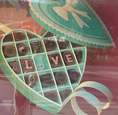 ティファニーのバレンタイン ( La S.Valentin de Tiffany ) …… 。_b0287748_0435877.jpg