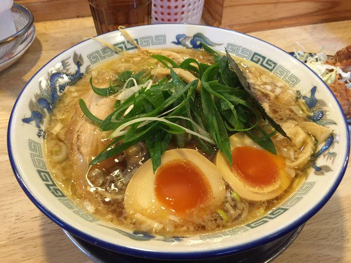 蔵出し醤油麺 @ 新在家ラーメン もんど_e0024756_02545015.jpg