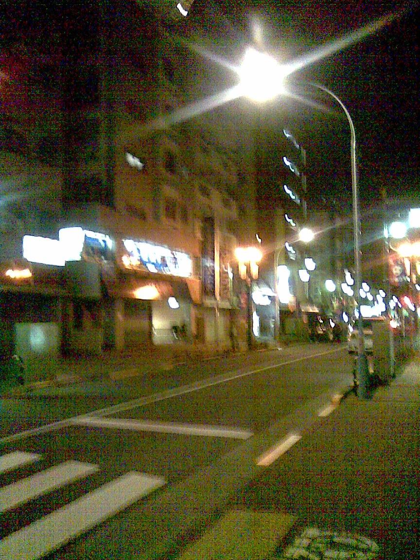 深夜のスタ入りして先ほど帰宅 2_d0061678_1245815.jpg