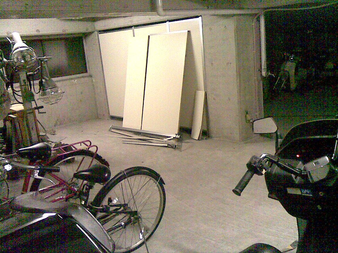 続:朝に車庫のシャッターが開かず!!_d0061678_16227.jpg