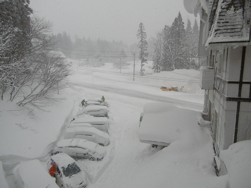 週末は雪国へ_f0205367_23435122.jpg