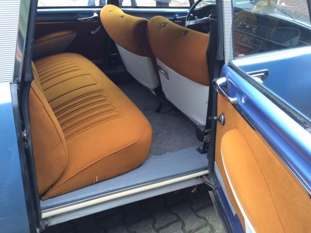 オランダでの 販売予定車_c0105691_19464582.jpg
