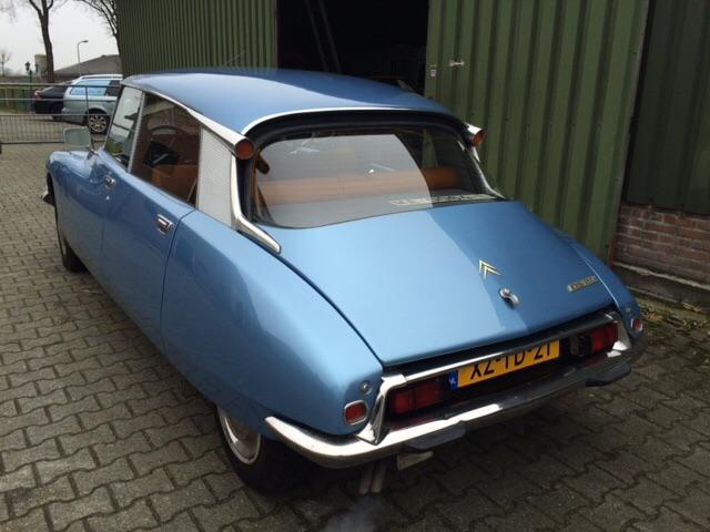 オランダでの 販売予定車_c0105691_1947033.jpg