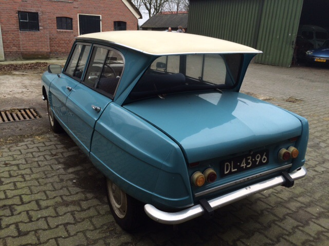 オランダでの 販売予定車_c0105691_19482922.jpg