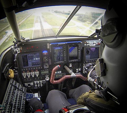 スピードマスター スカイウォーカー X-33 ソーラーインパルス リミテッドエディション発売_f0039351_17461747.jpg