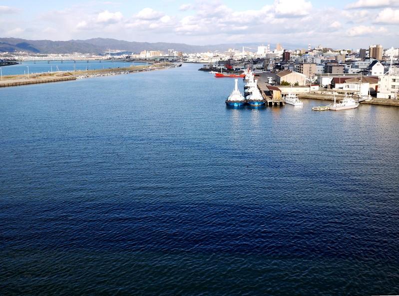 川のある風景_b0093754_2028518.jpg