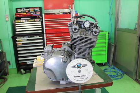 ゼファー1100 エンジン!!!_f0231916_2216106.jpg