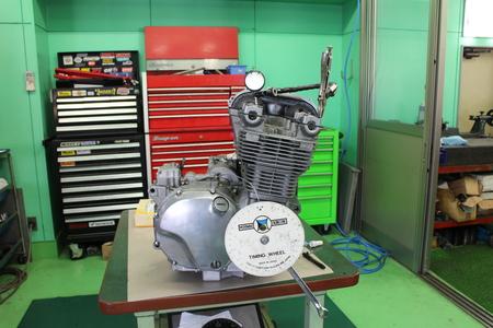 ゼファー1100 エンジン!!!_f0231916_22181085.jpg