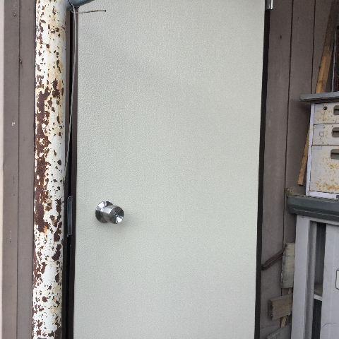 ドア交換とレディス部隊_f0031037_1805635.jpg