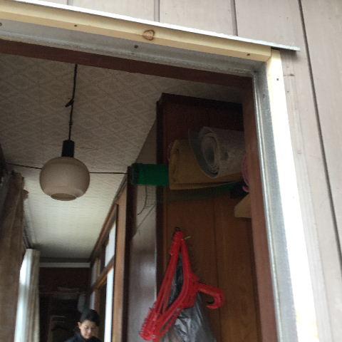 ドア交換とレディス部隊_f0031037_1831442.jpg