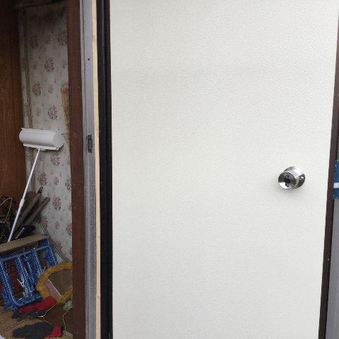 ドア交換とレディス部隊_f0031037_184078.jpg