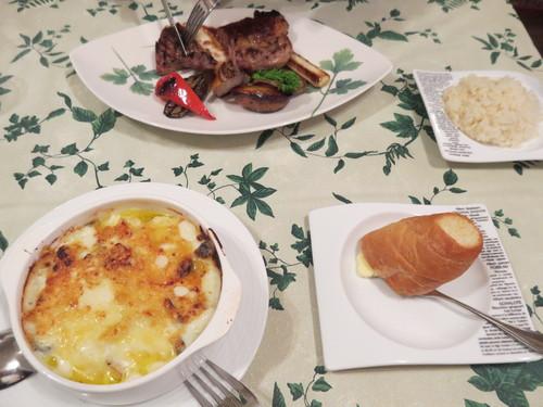 レストラン・カズラべのランチ☆2階のレストランシリーズ@旧軽_f0236260_2482580.jpg