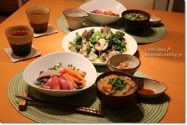菜の花とあさりの白ワイン蒸し と 海鮮丼_f0179404_648107.jpg