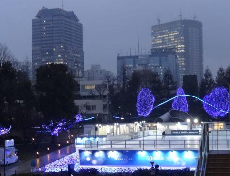 東京ミッドタウンのスケートリンク_b0017215_18312228.jpg