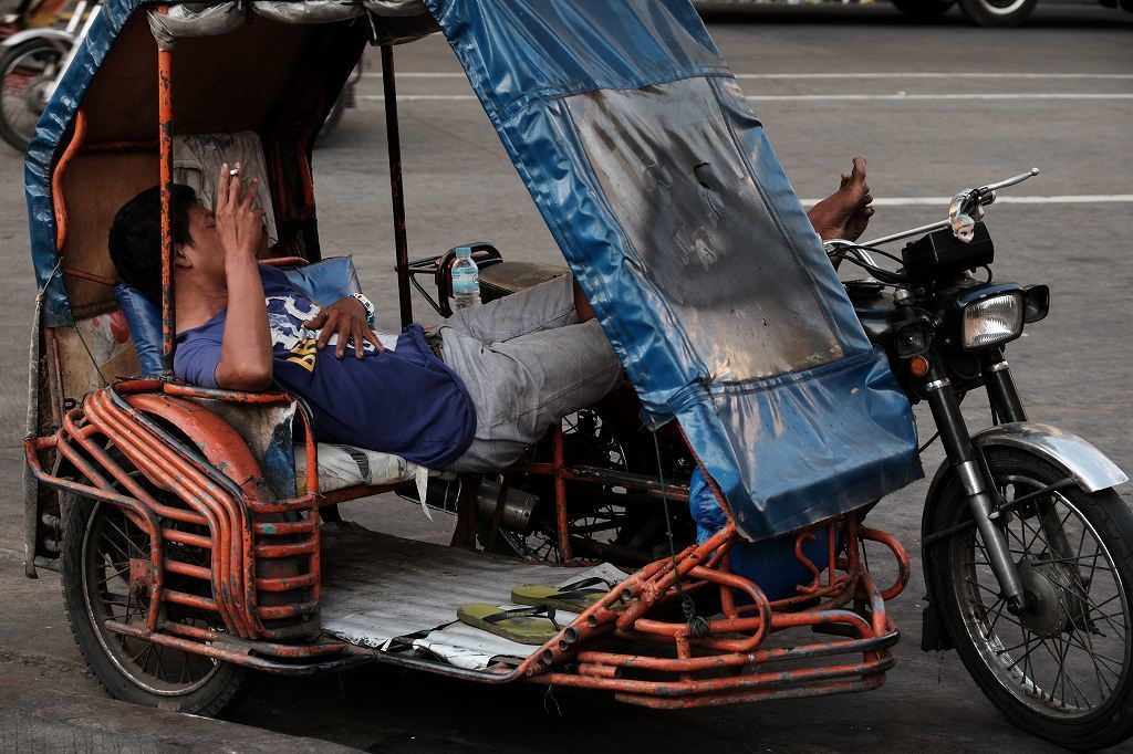 Manila on the street 2 by FUJIFILM X-T1_f0050534_08513338.jpg