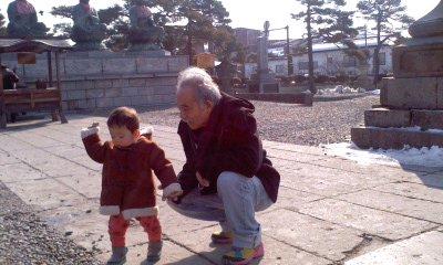 善光寺の一歳半のおともだち_b0096957_20311453.jpg