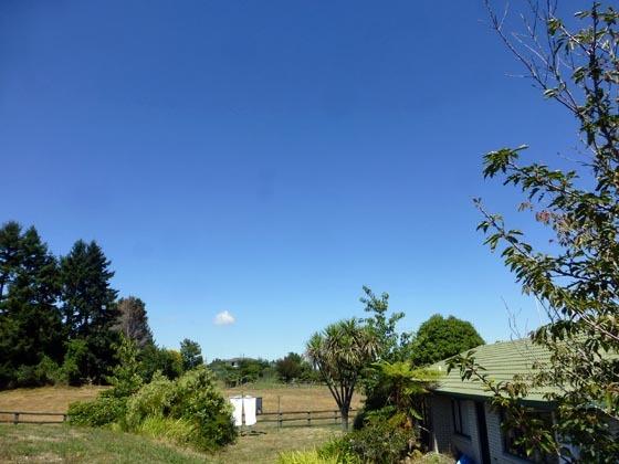 空はスカッと_e0133780_18565370.jpg