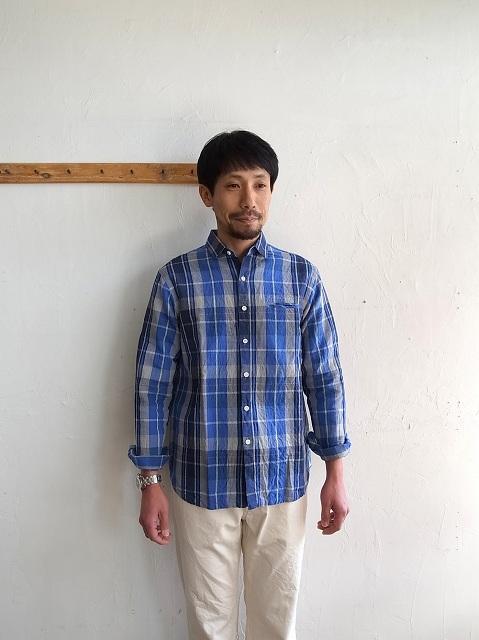 maillot コットンリネンチェックシャツ_b0079489_1839236.jpg